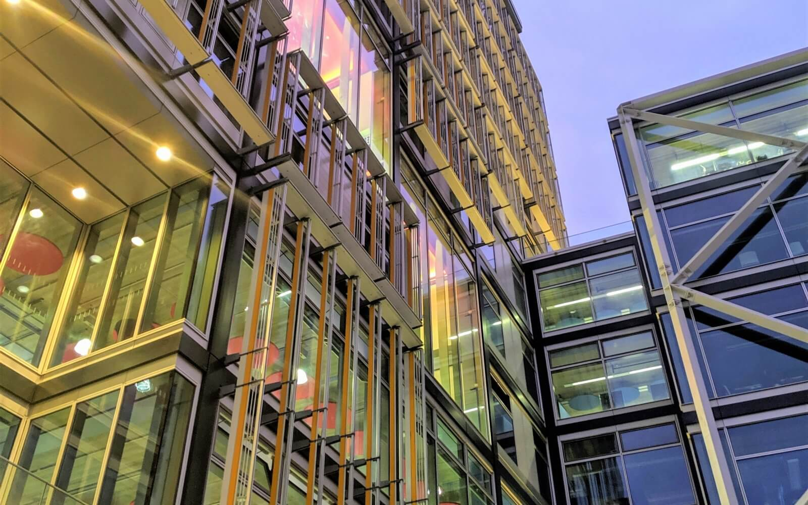 CENTRE BUILDING OPENS FOR LSE